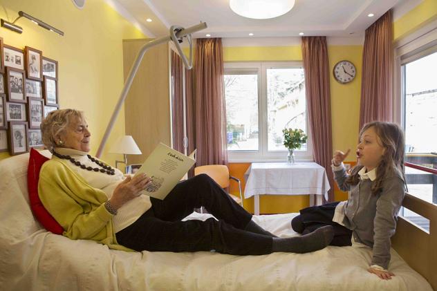 Claves para adaptar un dormitorio a personas mayores